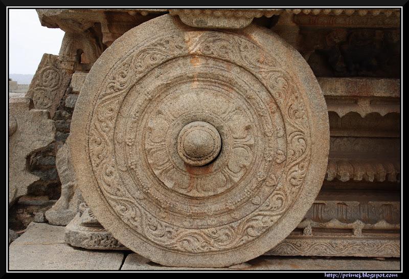 Wheel of the Stone Chariot, Vittala Temple