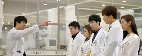 Lee Pil Mo 이필모 as Chief of Emergency Medicine Gook Chun Soo lectures the interns.