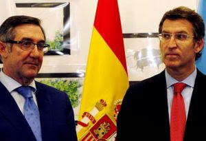 Currás (por desgracia, Alcalde Santiago de Compostela) y Feijoo (por idem, Presidente de la Xunta de Galicia y del Partido Popular de Galicia)
