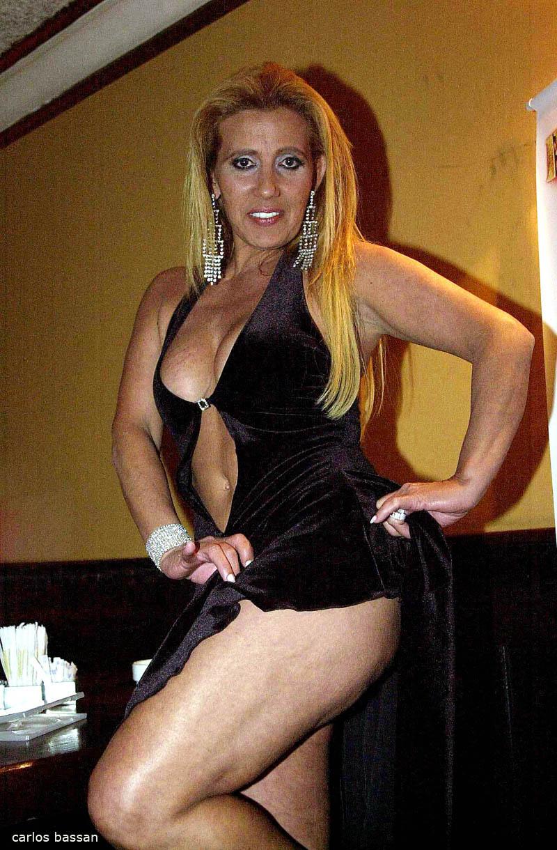Video. Rita Cadillac foto do cu like