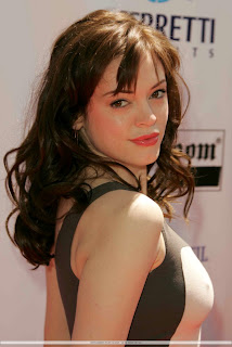 Rose McGowan wiki and pics