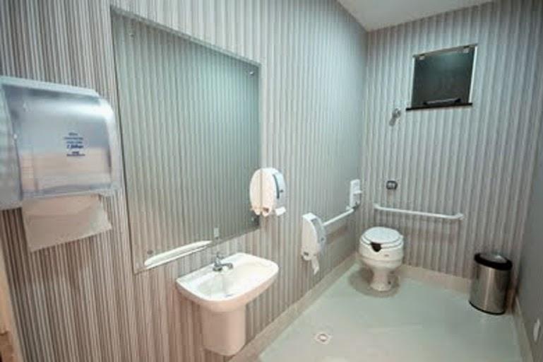 Banheiro Adaptado -> Banheiro Pequeno Adaptado