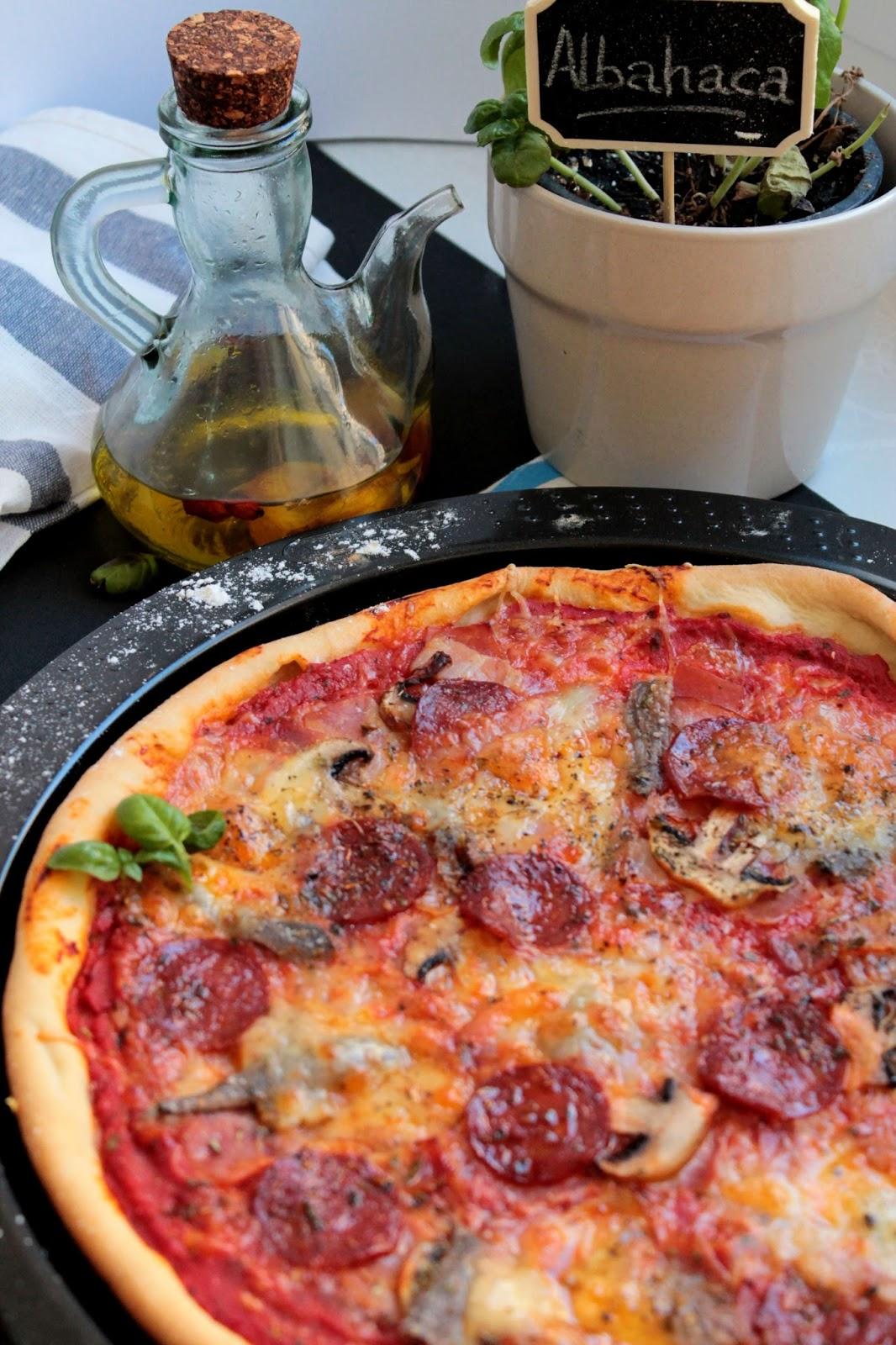 Pizza masa fina pepperoni y mozzarella sin lactosa
