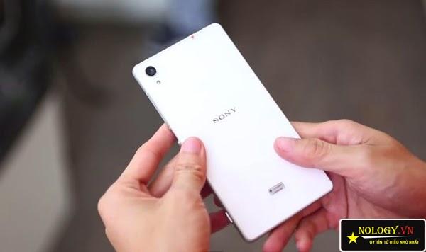 So sánh điện thoại Sony Xperia Z2 Nhật Bản và LG G3.