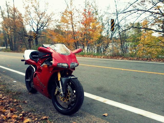 Ducati 916 Motorcycle