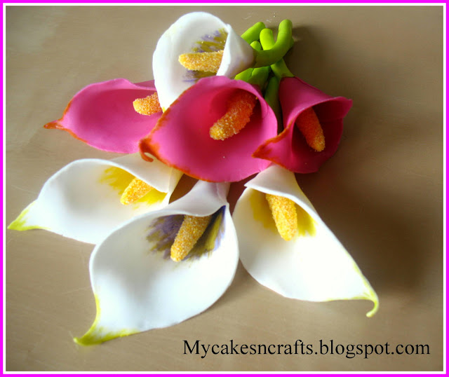 These Calla Lily's are very easy to make at a beginner level. They can be made using MMF, Rolled Fondant Sugar Paste or any clay using minimal materials.