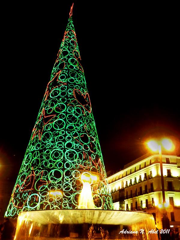 Mmel mi marrano estrena lazo luces de navidad - Luces arbol navidad ...