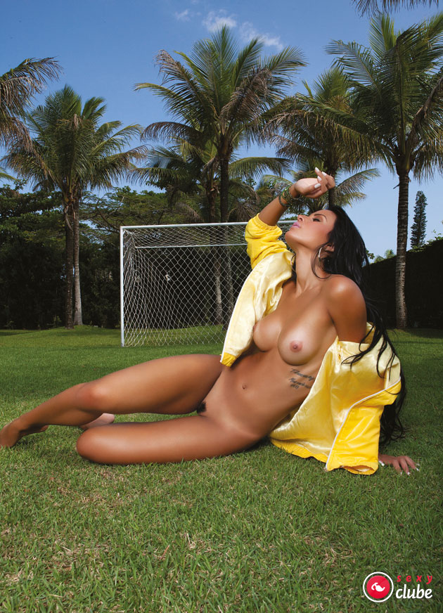 Lorena Bueri & Sabrina Torres na Revista Sexy de Julho