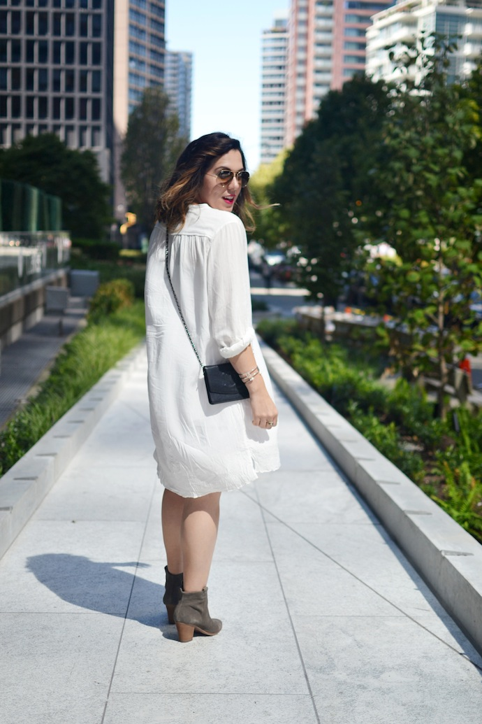 Wilfred Aritzia white dress, J.Crew Suede boots and a vintage Chanel WOC Vancouver fashion blogger