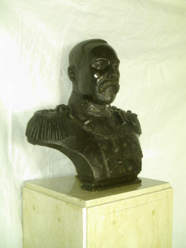 Bust of sir john glover colonial governor of lagos state