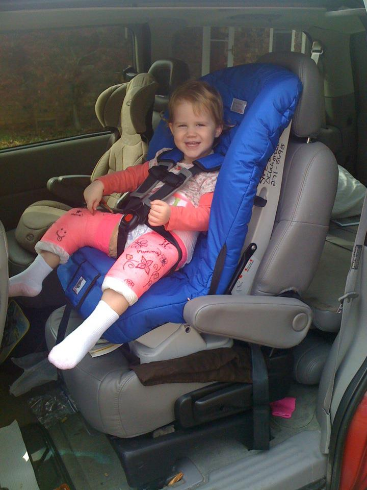 Lil Momma S Corner Not Just Any Car Seat For A Spica Cast
