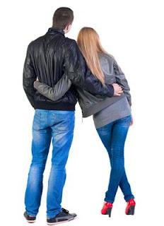 Akrab dengan Mantan Suami