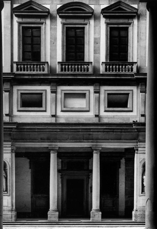 L 39 architettura del quattrocento cinquecento e seicento il complesso degli uffizi 1560 1573 - Finestre a bocca di lupo ...