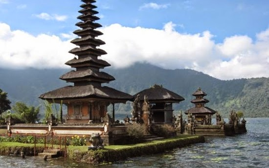 The Amazing Of Taman Ayun In Bali