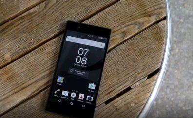 Smartphone Setanding DSLR