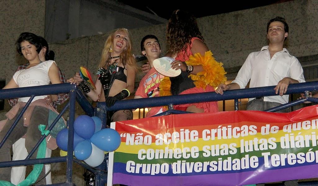 Parada do Orgulho LGBT faz campanha contra a discriminação e a favor de políticas públicas em Teresópolis