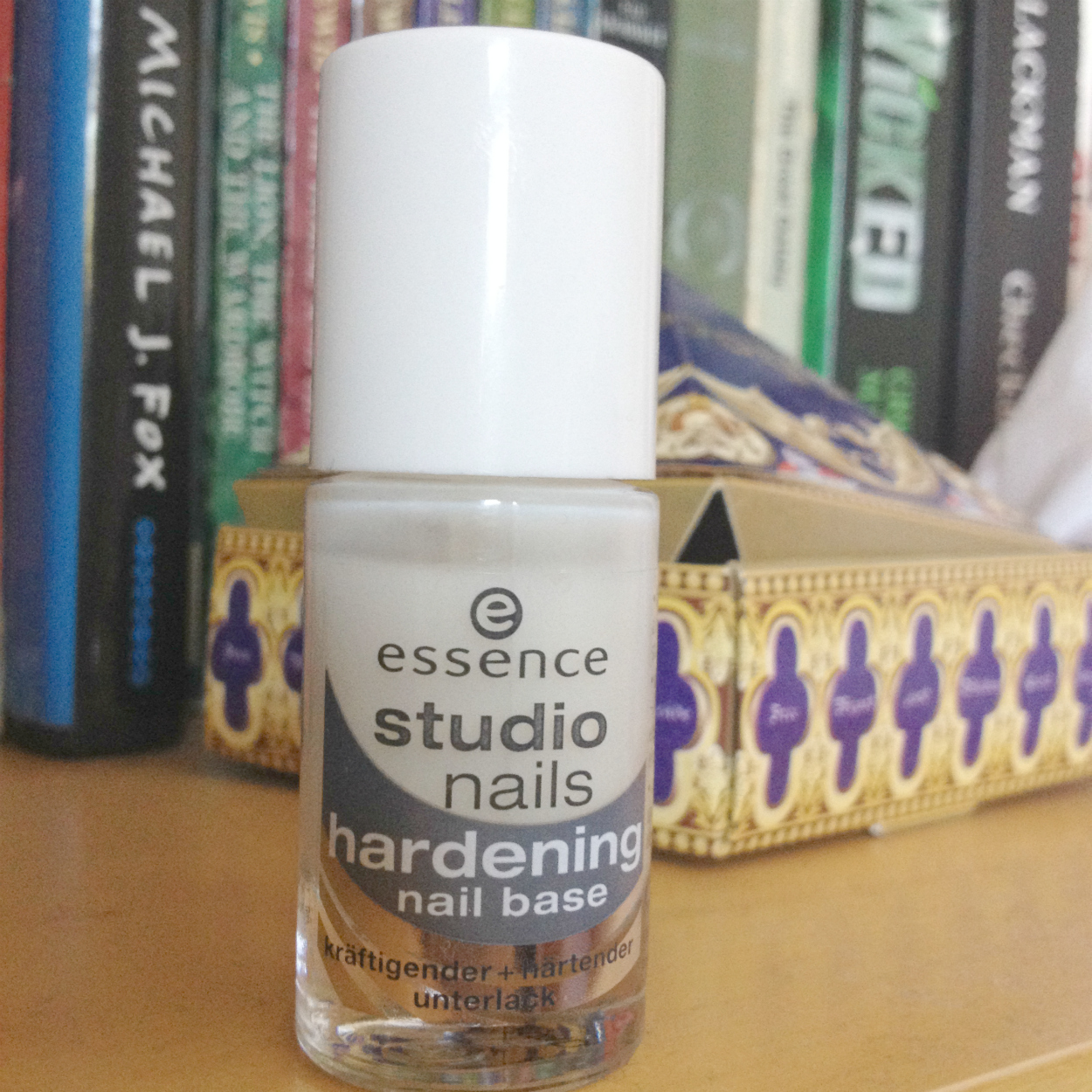 one frank female: Review | Essence Studio Nails Hardening Nail Base