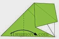 Bước 5: Gấp góc trái tờ giấy vào phía trong