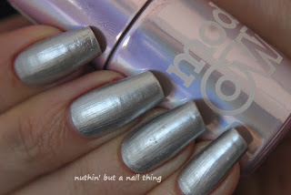Models Own Liquid Metal Effect Pearl