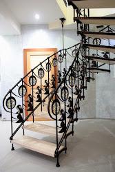 Кованные лестницы, перила.