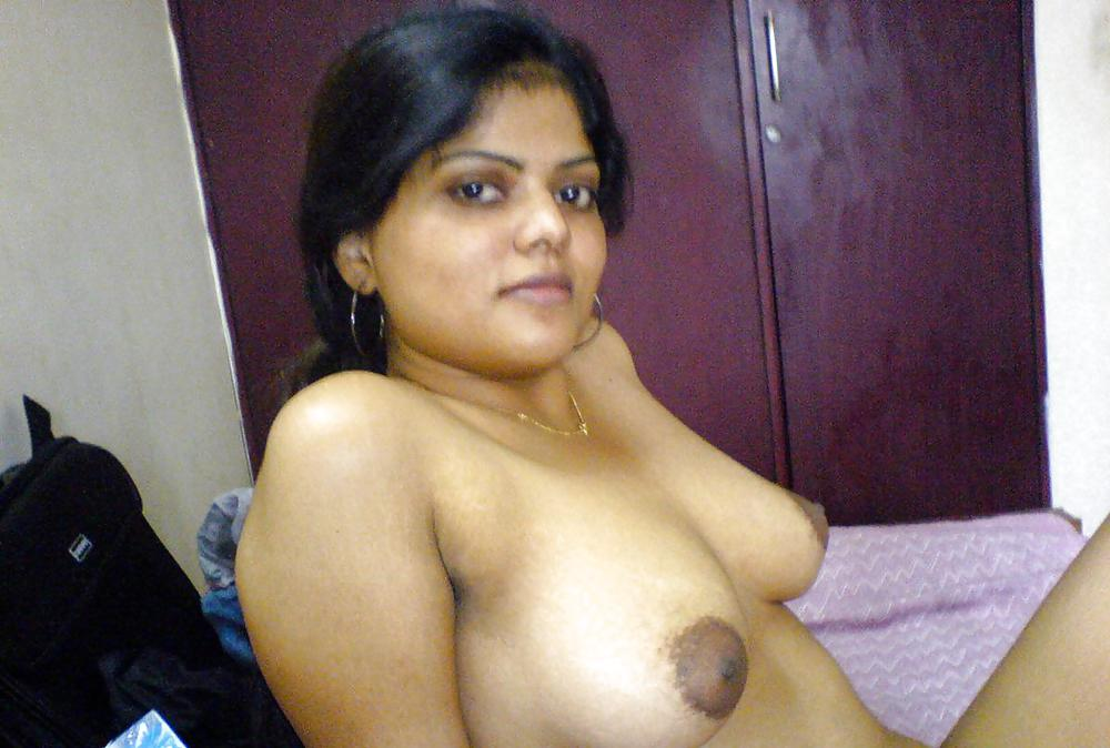indian house wife nude pic № 80689