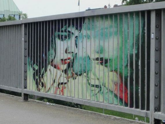 Amazing Art, street Railings, Mannheim Germany, Creative Artists, Cool Pictures, Amazing Creativity, Unbelievable Paintings, Beautiful Illusions, Extraordinary Work, Wall Paintings, Street Abstracts, Incredible Streets, Creative Work