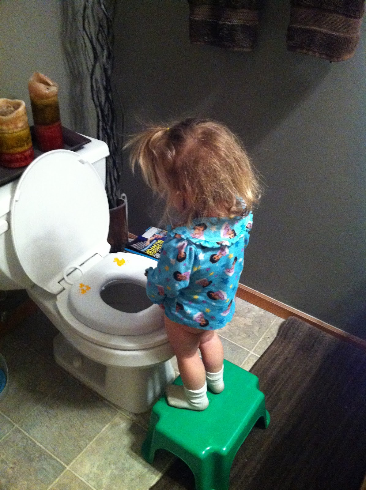 female child pee