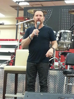 Eric Singer At Indianapolis KISS ExpoEric Singer Kiss 2013