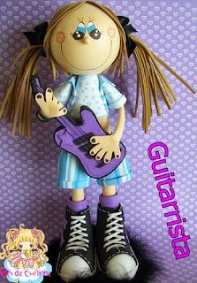 http://elrinconfofuchero.blogspot.com.es/2014/02/fofucha-guitarrista-con-moldes-de-la-web.html