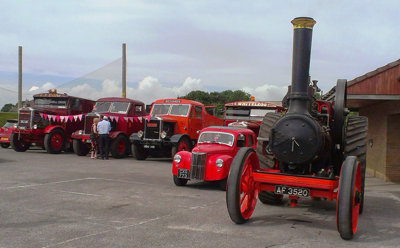Vintage vehicle display