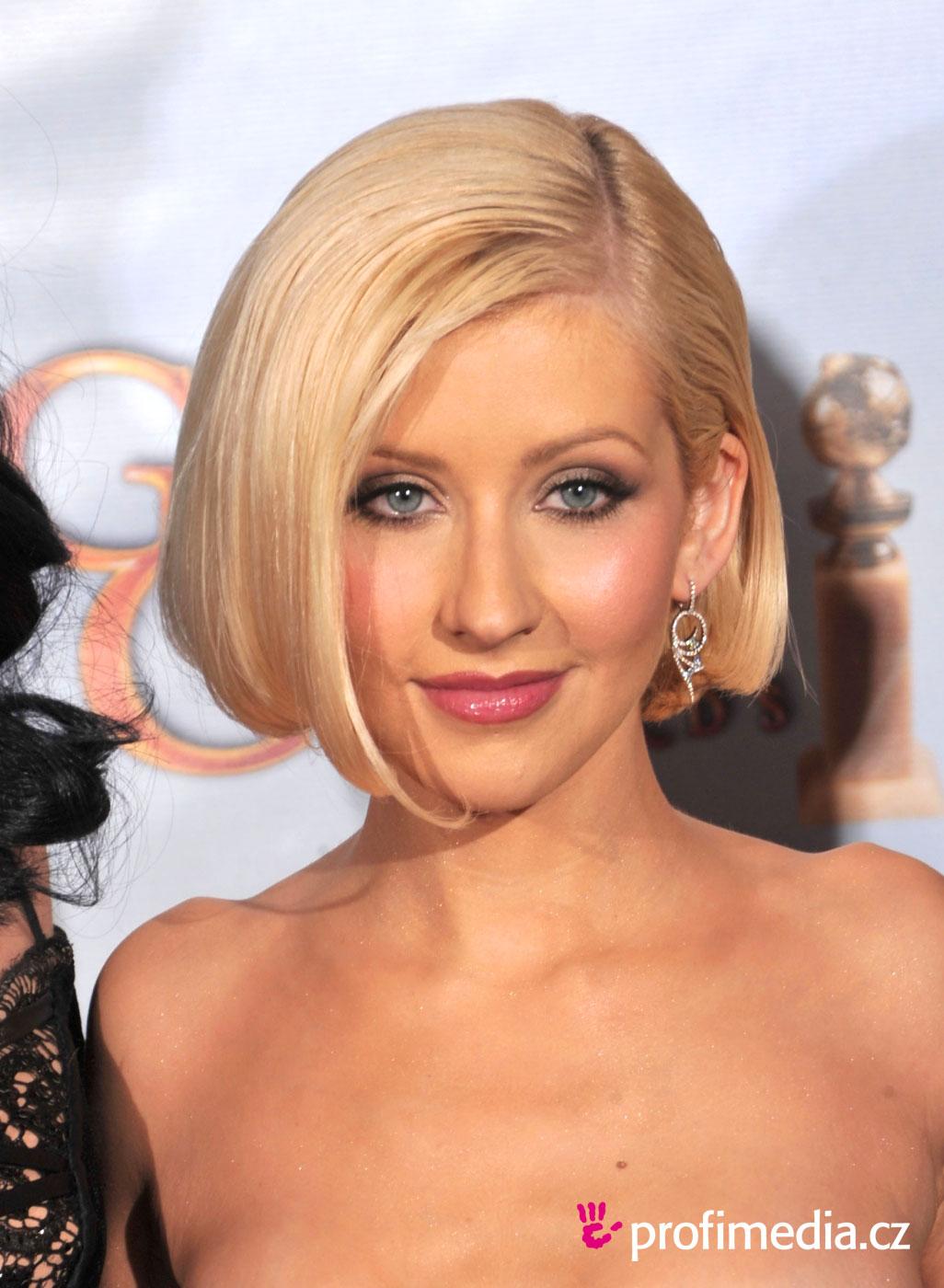 http://2.bp.blogspot.com/-rB0GWhFEB0g/TzJa_2Bpt4I/AAAAAAABvTk/NJb760u011M/s1600/Christina+Aguilera+hairstyle+pictures+(69).jpg