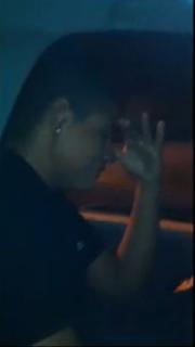 Rapaz chora porque não comeu prostituta