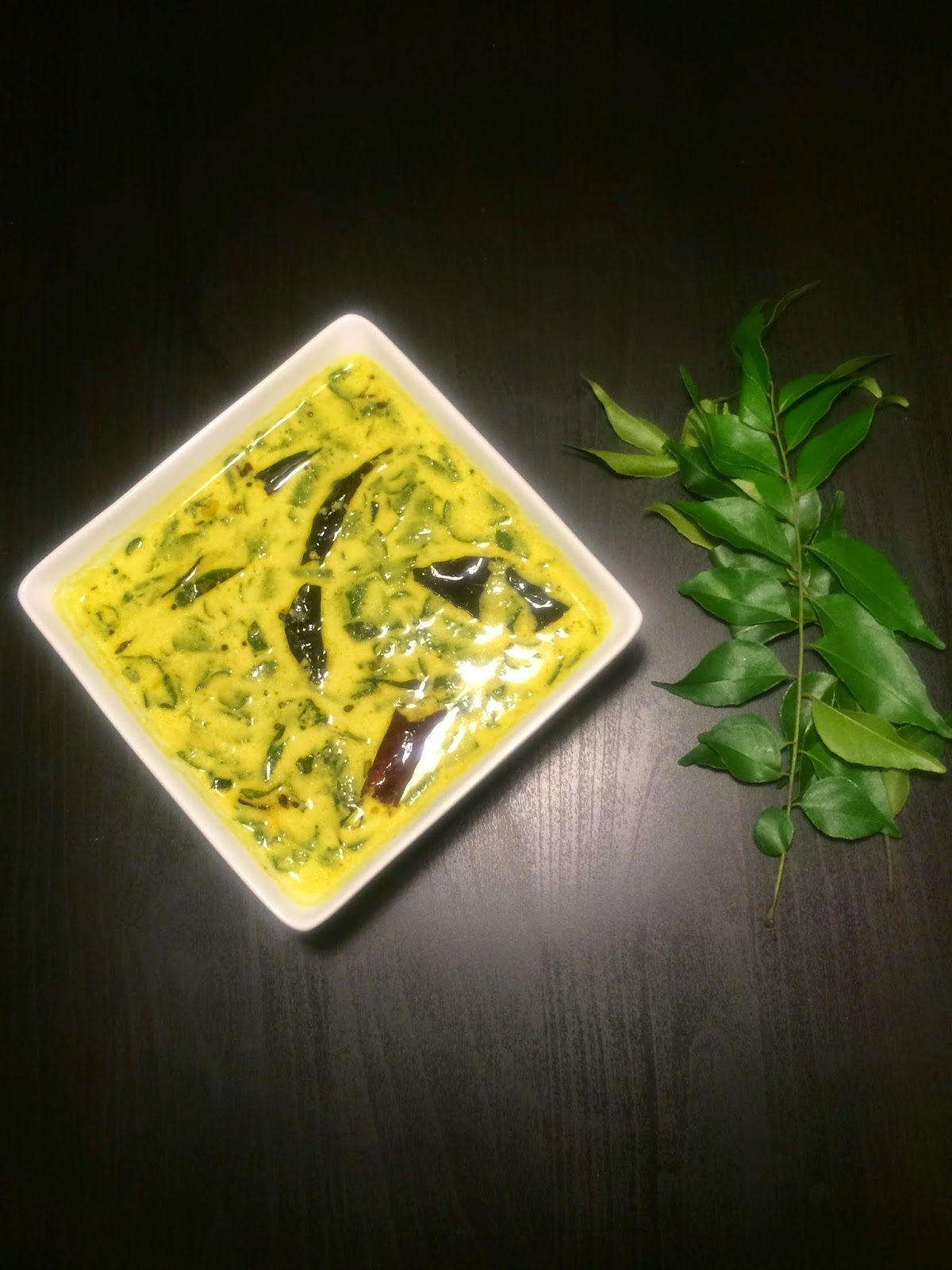 how to make drumstick leaves curry