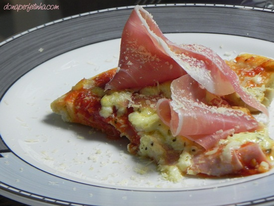 Pizza de presunto de parma