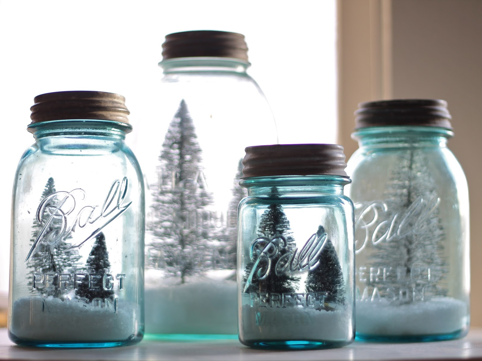 12th and white christmas by a prairie market for Christmas glass jars