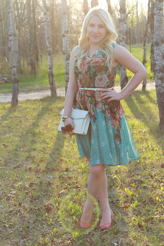 What to wear to a vintage wedding.  Pretty floral dress from Darling Clothes via Silver Lotus in Winnipeg, Canada.
