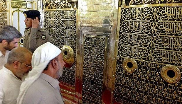 Heboh Makam Nabi Muhammad Akan Dibongkar
