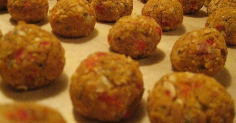 VeggieSue's Veggie Adventures: Cannelini Bean Meatballs
