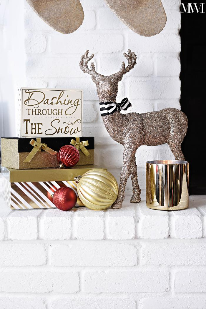 Black, white, gold and red mantle- beautiful, simple and festive! via monicawantsit.com