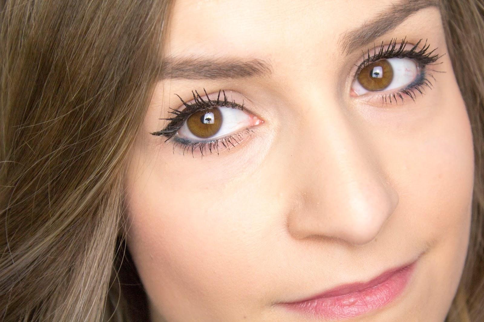 Фото девушек с карими глазами и короткими волосами