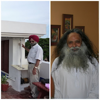 The Colonel and his long beard at the Indian homestay in Agra