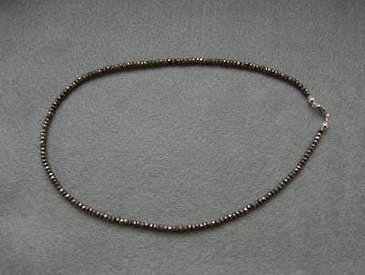 Naszyjnik ze złotego pirytu