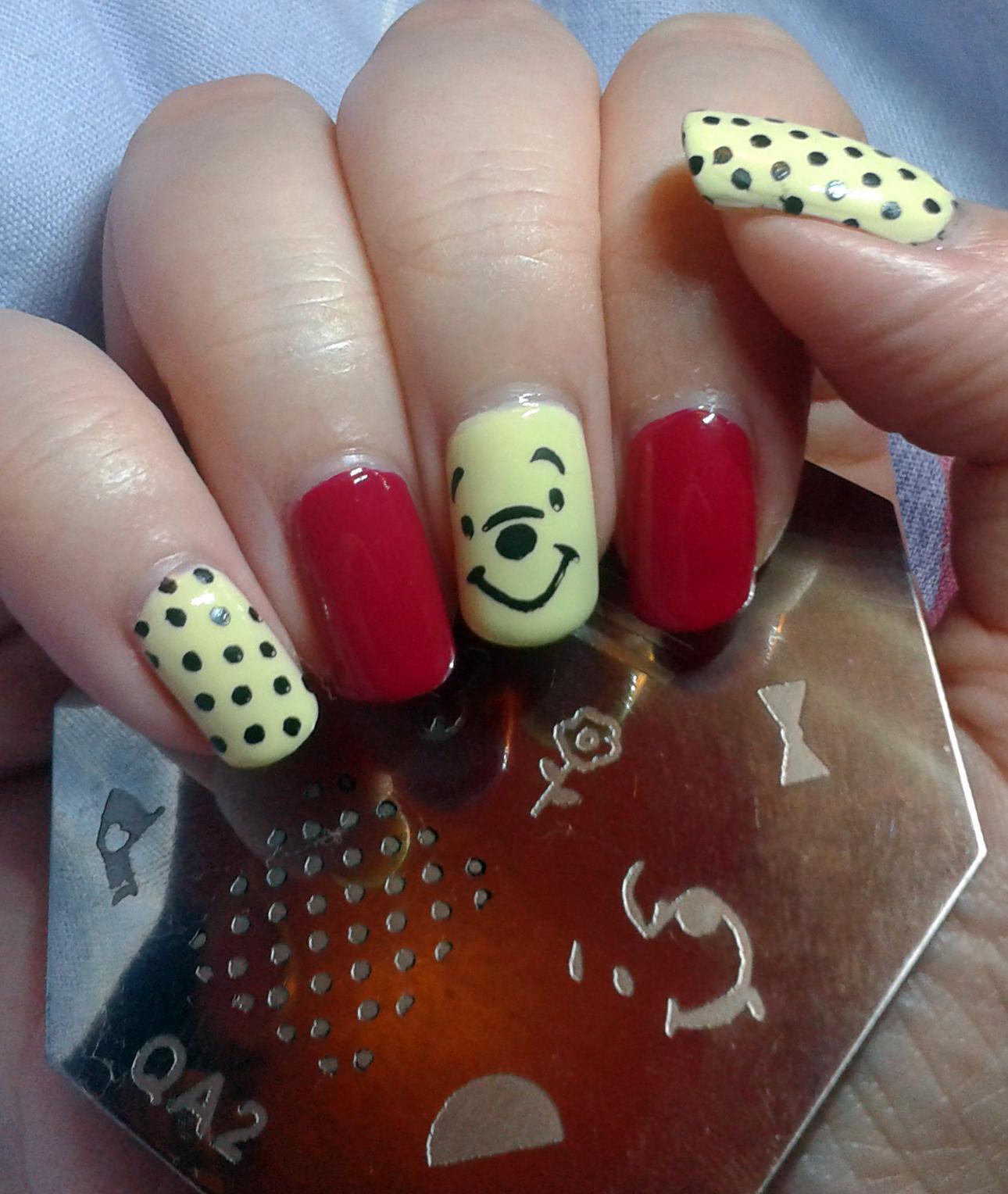 Geordie Nails Winnie The Pooh Manicure