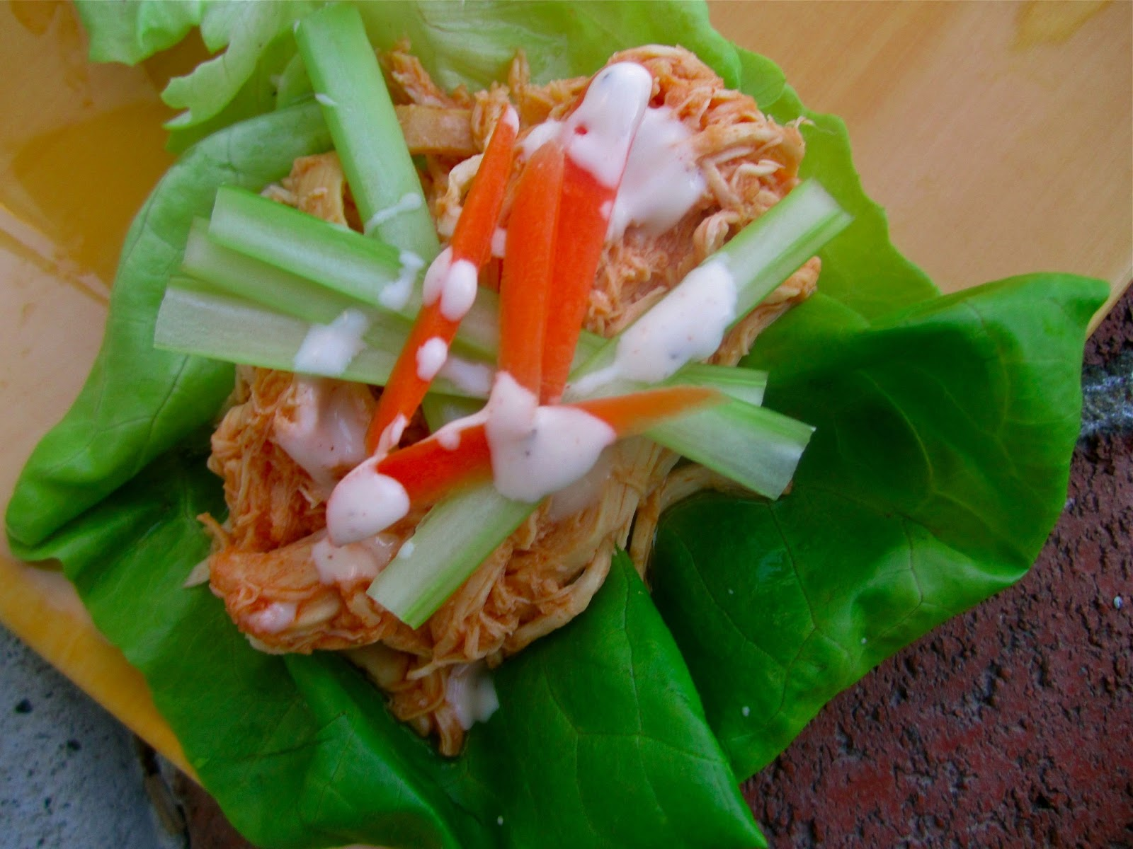 Stephanie Cooks: Crockpot Buffalo Chicken Lettuce Wraps