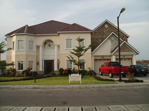 Luxury mansion in lagos nigeria celebrity houses and for Beautiful rich houses