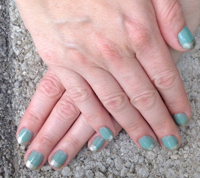 Essie, Essie Turquoise & Caicos, Essie Beyond Cozy, French manicure, nails, nail polish, nail lacquer, nail varnish, manicure, #ManiMonday, Mani Monday, nail art