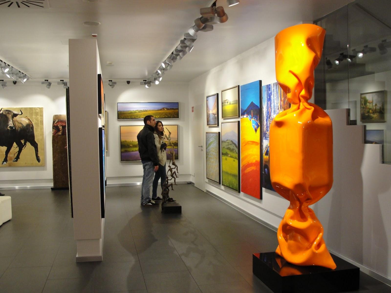 Mensing Galerie arte con gominolas empalmado