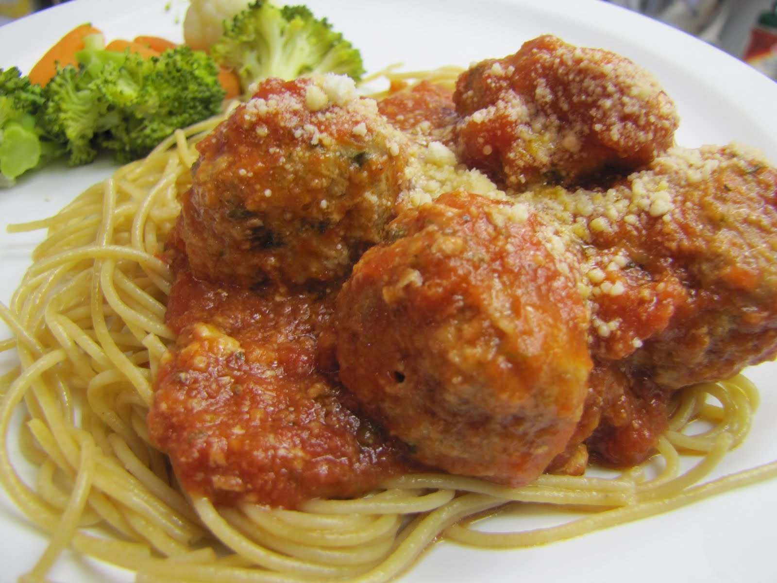 EatYourHeartOut: Crock Pot Italian Turkey Meatballs