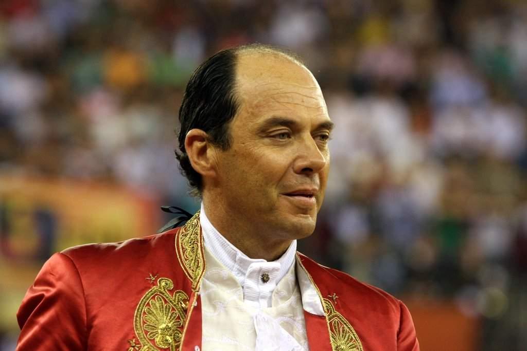 <b>Paulo Caetano</b> de parabéns! Alternativa foi há 35 anos em Santarém - Paulo%252BCaetano4