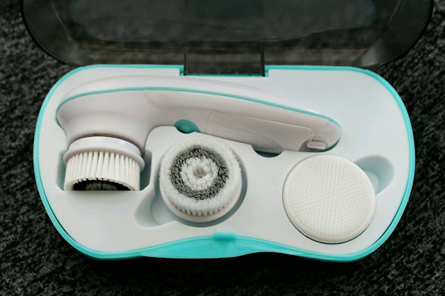 Dixiewolff Vanity Planet Spin For Perfect Skin Ultimate